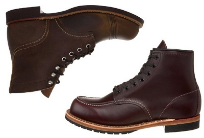 Red Wings on Dappered.com
