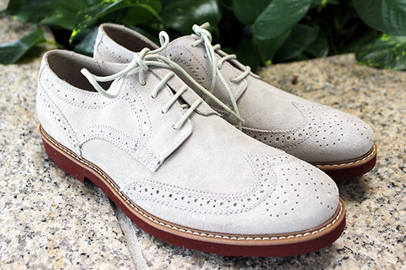 In Review: The Express Suede Wingtip on Dappered.com