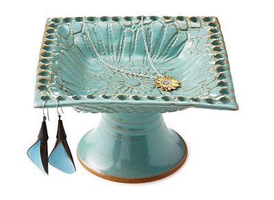 Pedestal Jewelry Holder