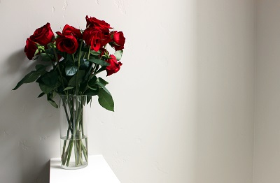 Flowers for someone - part of The 10 Best Bets for $75 or less on Dappered.com